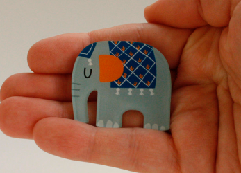 kaselotti elephant brooch pin