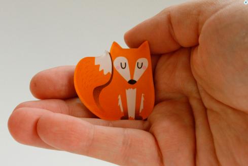 kaselotti fox brooch pin