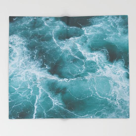electric-ocean-wse-throw-blankets.jpg
